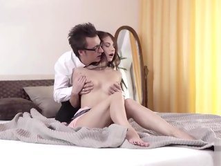 happy Daddy is happy to discern his pulling babe and fucks her hard daddy