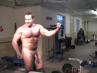 bodybuilder gay